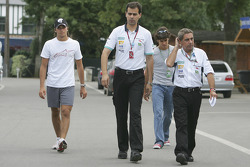 Felippe Vargas leads Bill Harris, Nelson A. Piquet and Alexandre Negrao