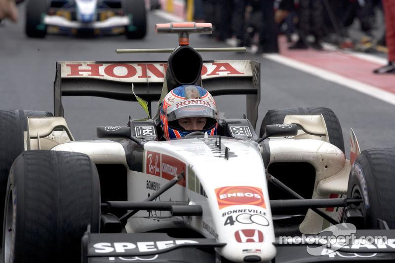 Jenson Button llega a Parc Fermé