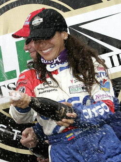 DP podium: champagne for Milka Duno