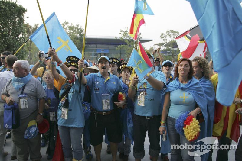 Renault F1 fans