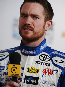 Brian Vickers, del equipo Michael Waltrip Racing