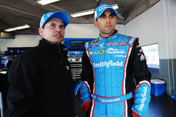 Trent Owens ve Aric Almirola, Richard Petty Motorsports Ford