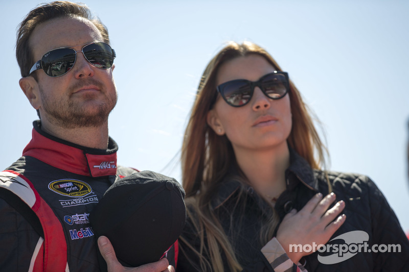 Kurt Busch, Stewart-Haas Racing Chevrolet, with girlfriend