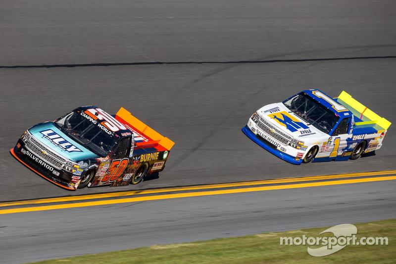 Cody Ware, MAKE Motorsports, Chevrolet, und Donnie Neuenberger, MAKE Motorsports, Chevrolet