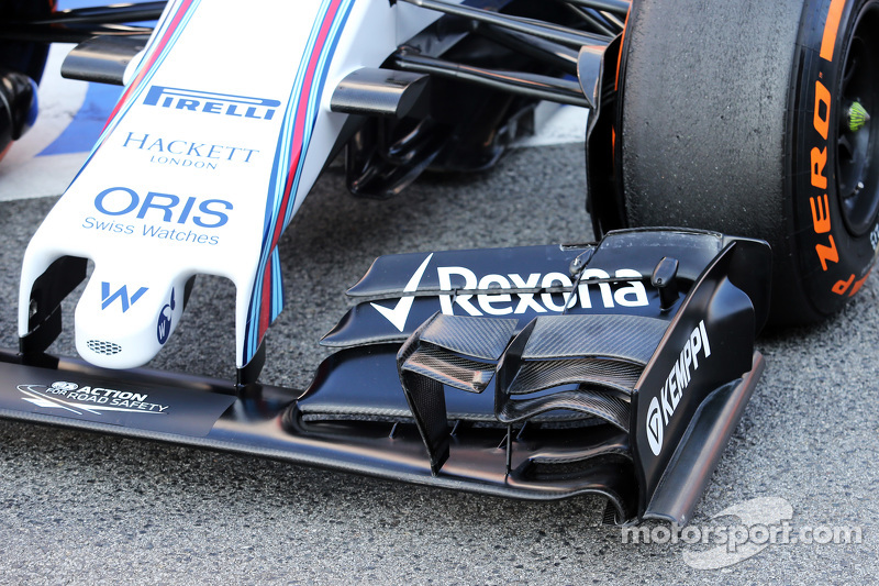 Williams FW37, Frontflügel, Detail