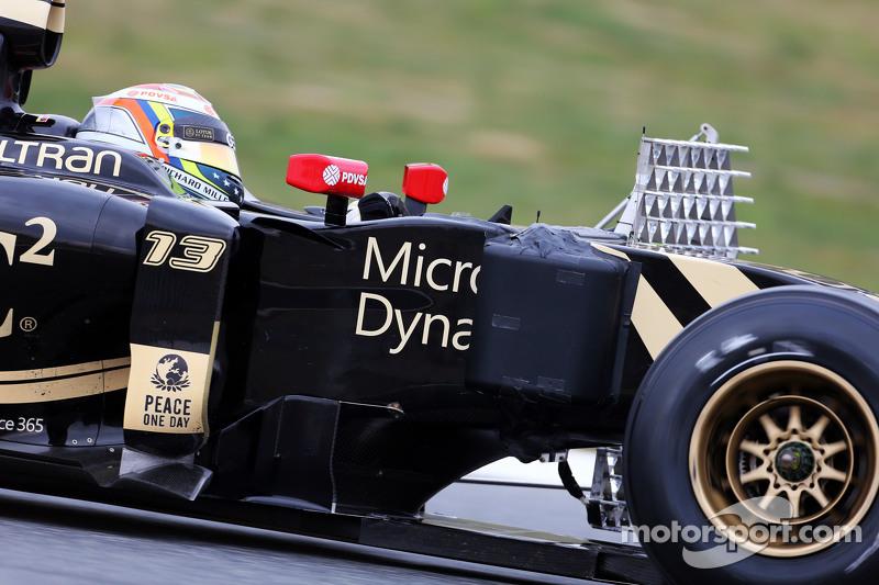 Пастор Мальдонадо, Lotus F1 E23 працює з сенсорним обладнанням
