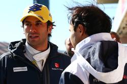 (E para D): Felipe Nasr, Sauber F1 Team com Felipe Massa, Williams