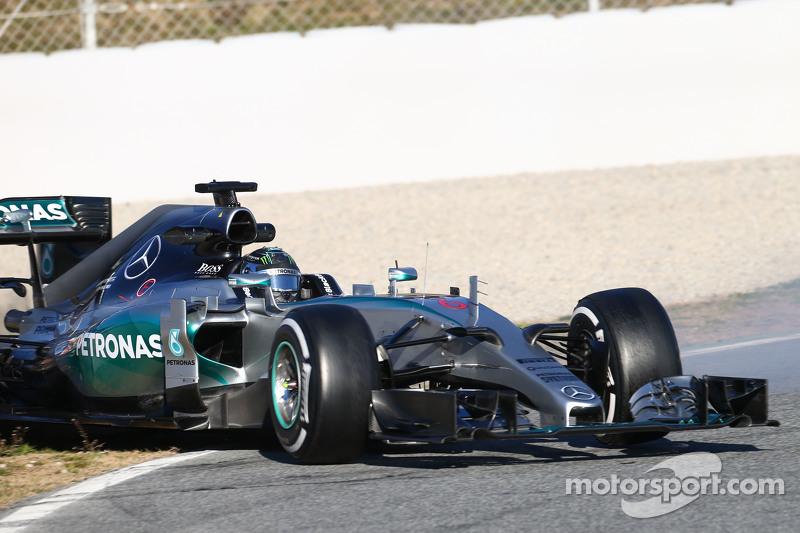 尼克·罗斯伯格, 梅赛德斯AMG车队 F1 W06赛车,滑出赛道