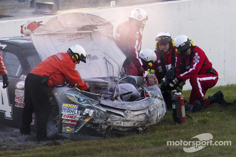 Kyle Busch, Joe Gibbs Racing Toyota after crashing