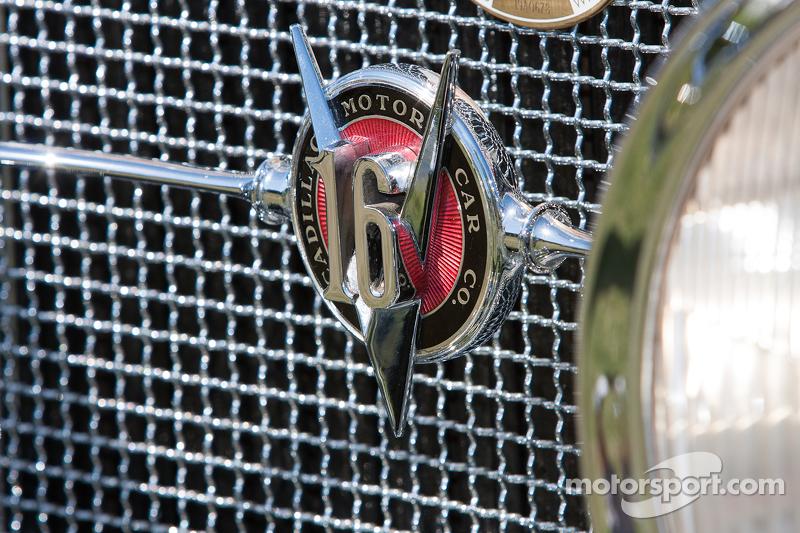 1930 凯迪拉克V-16 Convertible Coupe