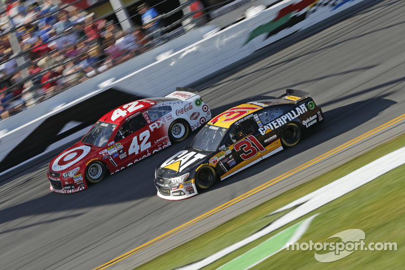 Kyle Larson, Ganassi Racing, Chevrolet, und Ryan Newman, Richard Childress Racing, Chevrolet