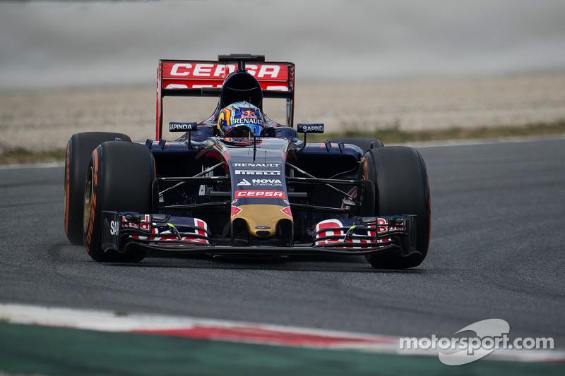Карлос Сайнс мол., Scuderia Toro Rosso STR10