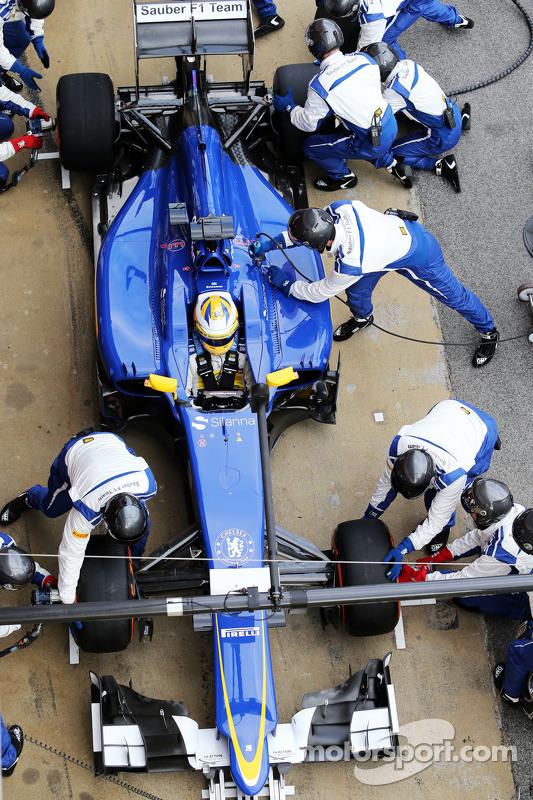 Marcus Ericsson, Sauber C34: essai d'arrêt au stand