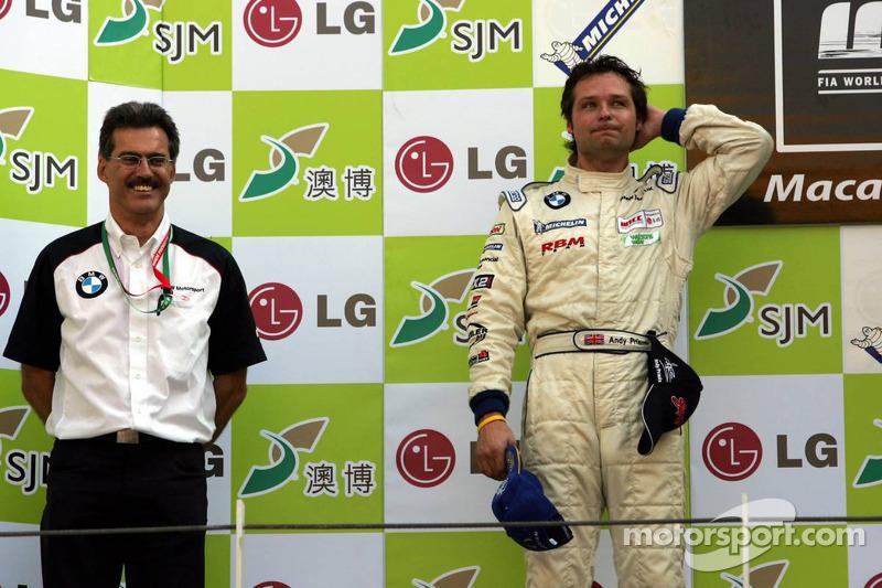 领奖台:安迪·普里奥和马里奥·泰森博士