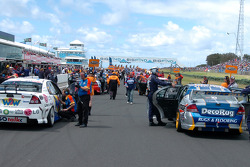 The grid for race two