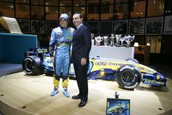 Carlos Ghosn, presidente de Renault y Fernando Alonso