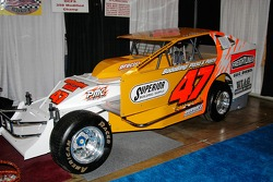 Jerry Higbie built this #47 Modified, and will drive it at Middletown this season for car owner Dale Shaver.