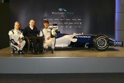 Frank Williams, Nico Rosberg y Mark Webber con el nuevo Williams FW28