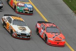 Jeff Burton and Dale Jarrett battle for the lead