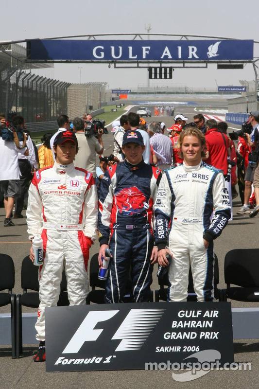 Drivers photoshoot: rookies Yuji Ide, Scott Speed and Nico Rosberg