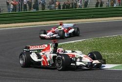 Rubens Barrichello leads Ralf Schumacher