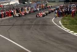 Start of pace lap
