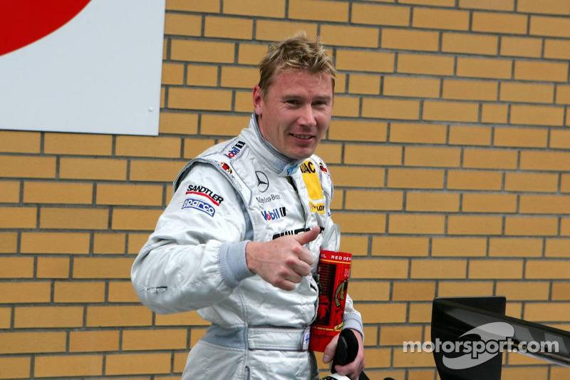 Deuxième place en qualifications pour Mika Häkkinen