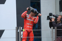Podium: champagne for Marco Melandri