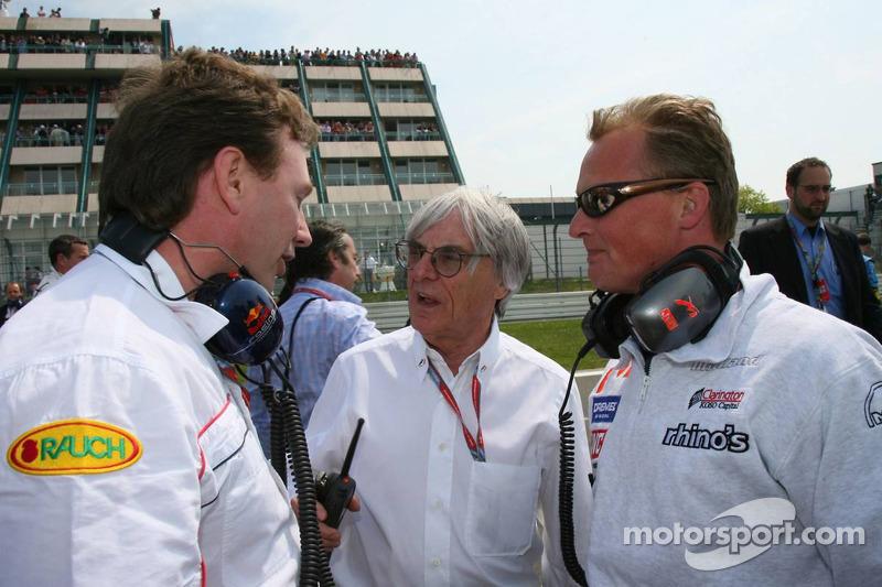 Christian Horner avec Bernie Ecclestone et Johnny Herbert