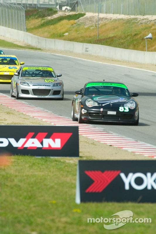 #83 BGB Motorsports Porsche Carrera: Tim Traver, Mikel Miller