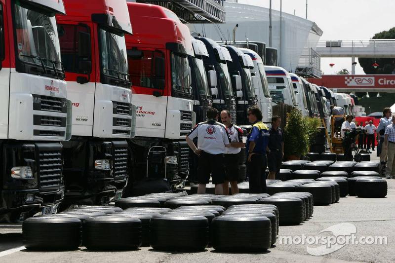 Honda F1 Racing prépare les pneus Michelin