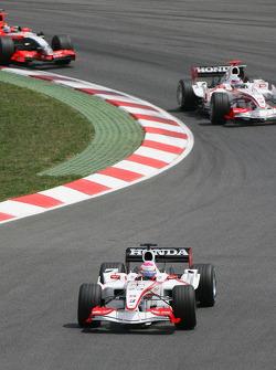 Franck Montagny leads Takuma Sato