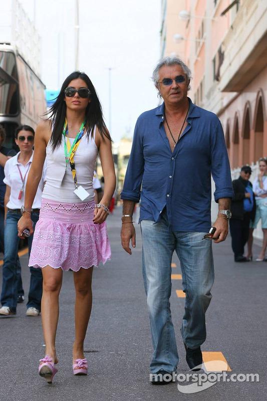 Flavio Briatore avec sa petite amie Eleondra Gregoracgi