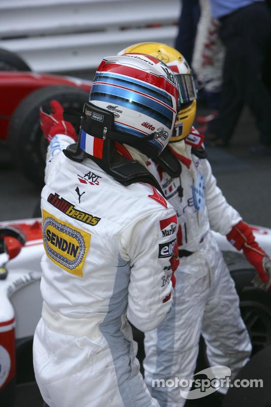 Alexandre Premat troisième et Lewis Hamilton premier