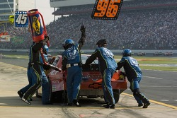 Pitstop for Tony Raines