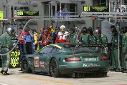 #009 Aston Martin Racing Aston Martin DB9: Pedro Lamy, Stéphane Sarrazin, Stéphane Ortelli in the pit