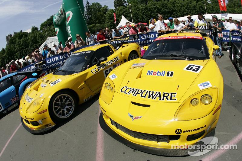 Les Corvette Racing Corvette C6-R à l'inspection