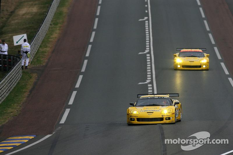 #64 Corvette Racing Corvette C6-R: Oliver Gavin, Olivier Beretta, Jan Magnussen, #63 Corvette Racing Corvette C6-R: Ron Fellows, Johnny O'Connell, Max Papis
