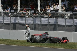 Juan Pablo Montoya retires from the race