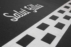 The tribute to Gilles Villeneuve on the start/finish line