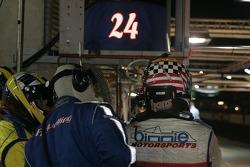 #24 Binnie Motorsports crew ready for a driver change