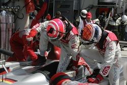 #8 Audi Sport Team Joest Audi R10 driver change