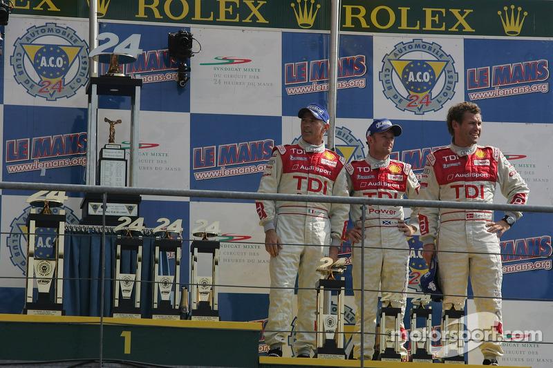 Podium LMP1 : Allan McNish, Rinaldo Capello et Tom Kristensen