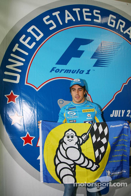 Presse de conférence de Michelin : Fernando Alonso