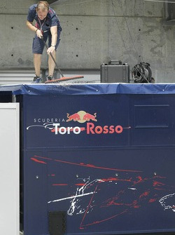 Scuderia Toro Rosso team member