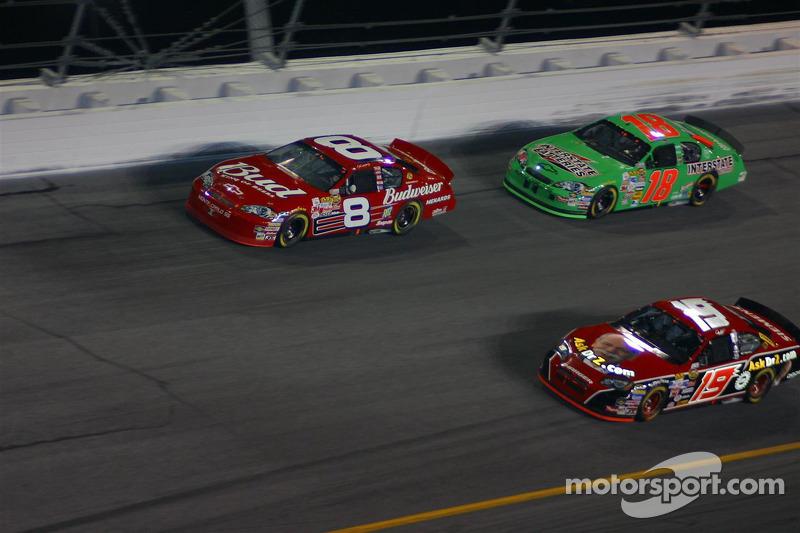 Dale Earnhardt Jr., Jeremy Mayfield et J.J.Yeley
