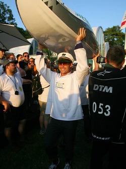 Présentation des bateaux pour la course à Zandvoort: bateau de Tom Kristensen