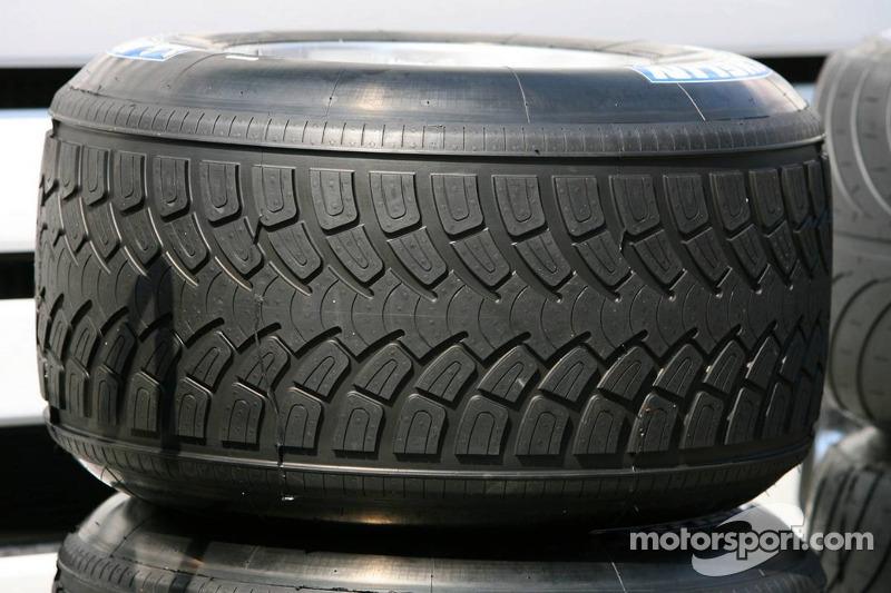 Nouveau pneu pluie Michelin