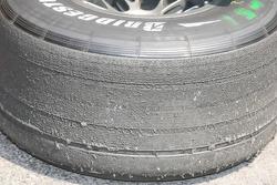 Neumático Bridgestone gastado de Michael Schumacher