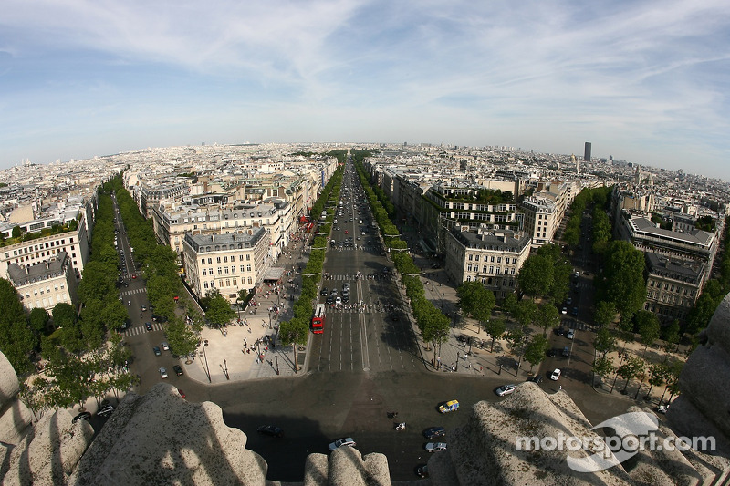 A View From Atop The Arc De Triomphe Looking East Towards Louvres